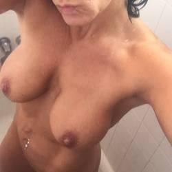My medium tits - Cougar