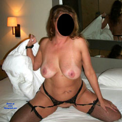 Funky Hotel Pictures 2 - Big Tits, High Heels Amateurs, Lingerie