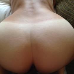 My room mate's ass - Alisa