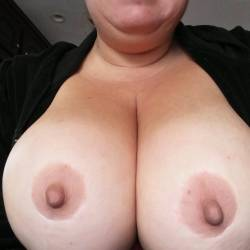 Very large tits of my wife - Donna