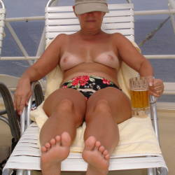 Medium tits of my wife - Betty