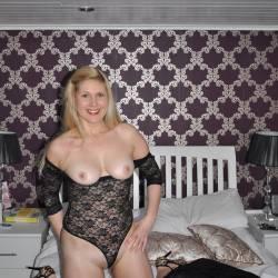 Small tits of my girlfriend - Tatjana