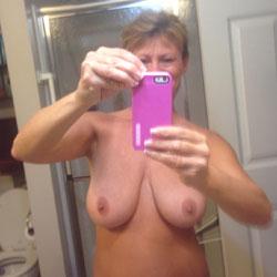 Selfies - Big Tits, Close-Ups
