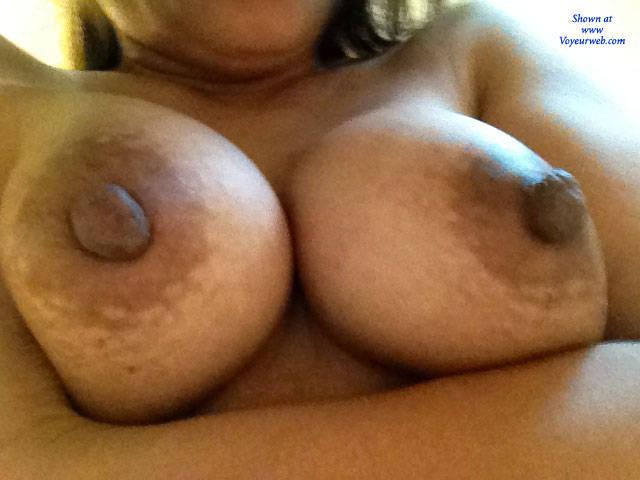 Big tit milf selfies