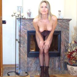 Home Pictures - Blonde, Lingerie, Striptease