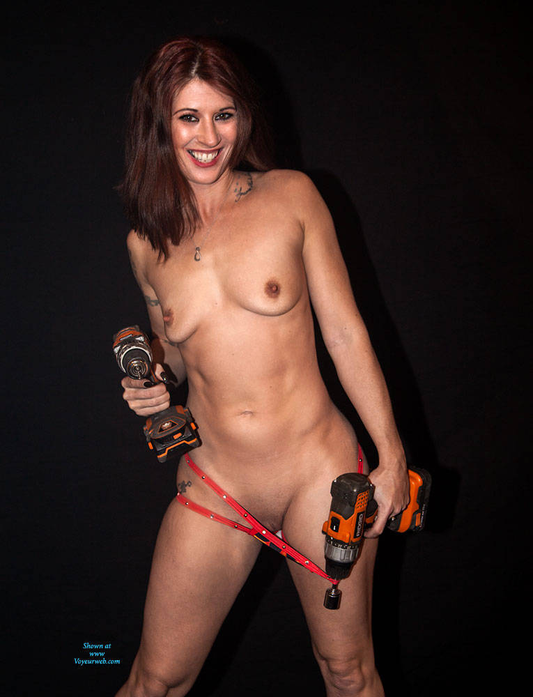 Pic #1 - Power Tools - Brunette Hair, Shaved , Sexy, Handyman Chicks, Nude, Big Ass