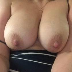Large tits of my wife - Sexywife