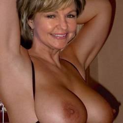 My medium tits - Polly