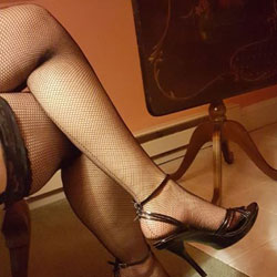 Hot Legs - High Heels Amateurs, Lingerie
