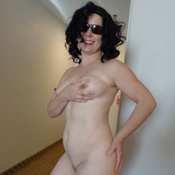 Motel Fun - Big Tits, Brunette, Toys