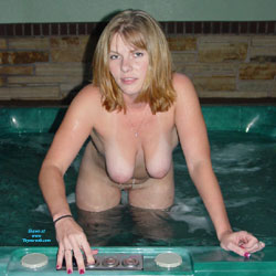 Naked Blonde Going Bath - Big Tits, Brunette Hair, Nipples, Perfect Tits, Shaved Pussy, Wet, Hot Girl, Sexy Body, Sexy Boobs, Sexy Girl, Sexy Legs