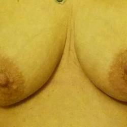 Medium tits of my girlfriend - Anne