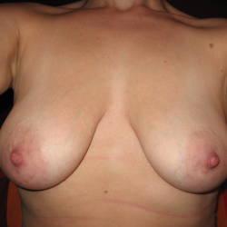 My medium tits - In Red