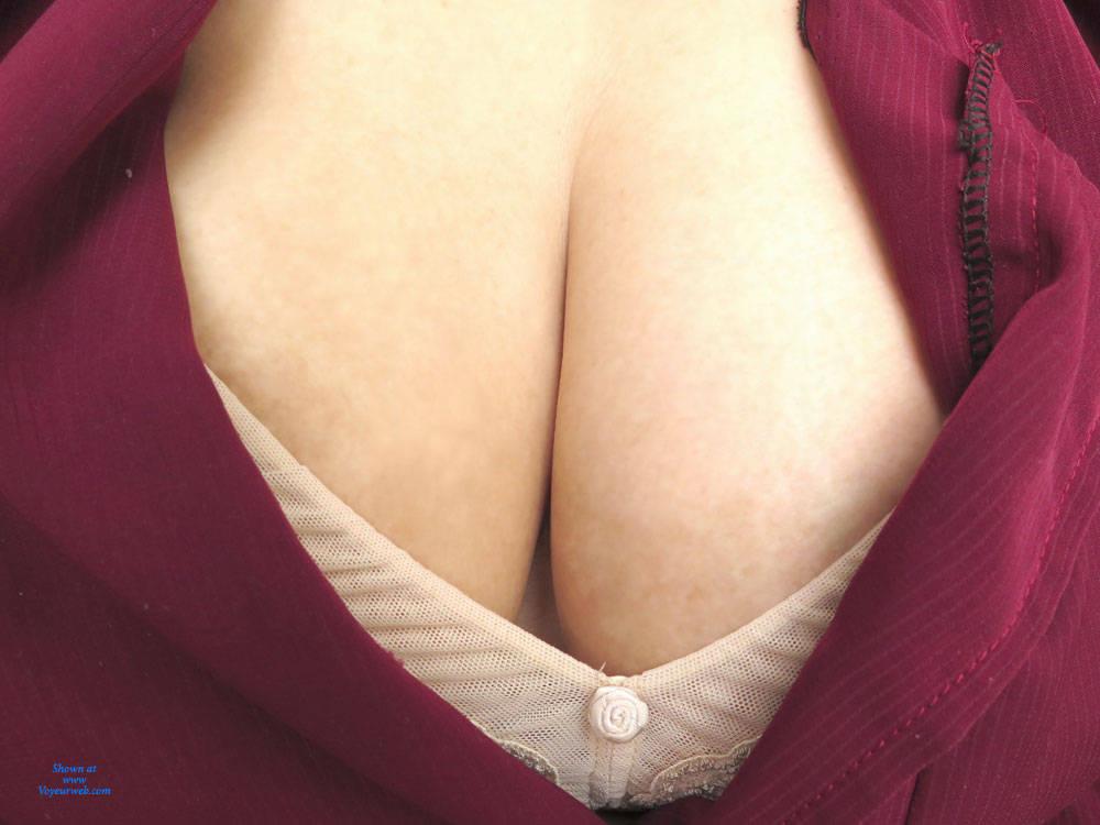sarah hyland nude pussy