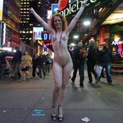 Vienna - Nue York New York - Big Tits, Flashing, High Heels Amateurs, Public Exhibitionist, Public Place, Redhead, Shaved