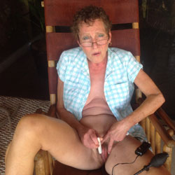Maggie Unmasked - Wife/Wives, Toys, Mature, Bush Or Hairy