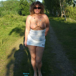 Lincolnshire Walk - Big Tits