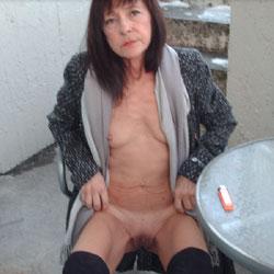 Smoking Outdoor Winter - Brunette, Medium Tits, Outdoors