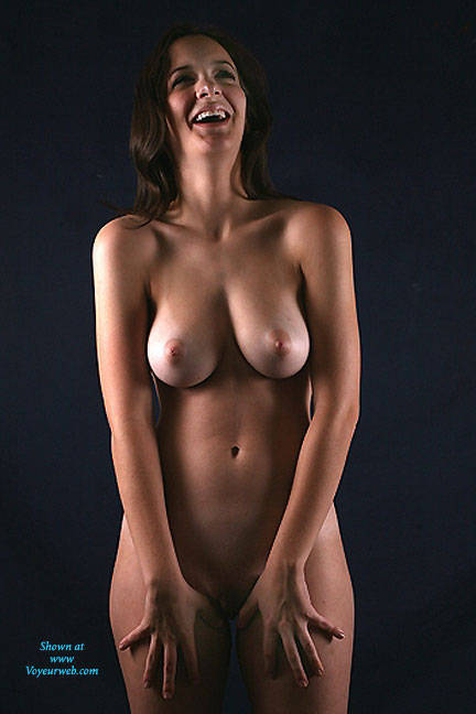 Nude female models for hire