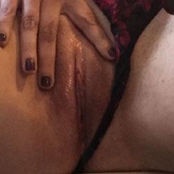 Wet Creamy Puss 1 - Close-Ups