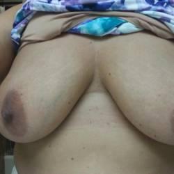 Medium tits of my wife - Prynvic