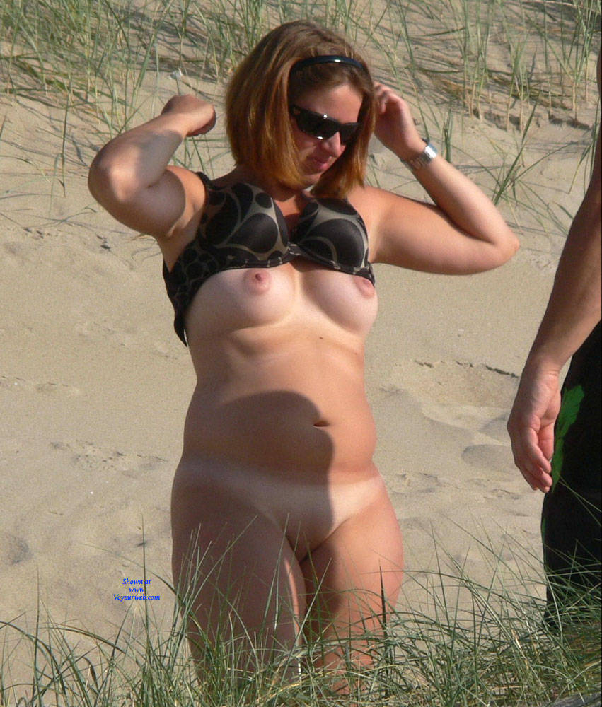 Changing Clothes On The Beach Preview - May, 2016 - Voyeur Web-8254