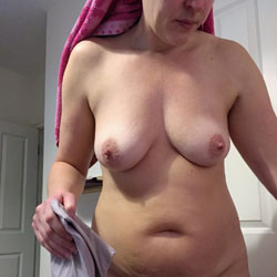 Candid Wife Nudes - Big Tits, Wife/Wives, Bush Or Hairy