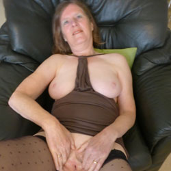 Posing Just For You - Big Tits, Brunette