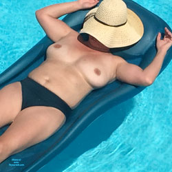 Hot Milf Beginning Of Summer - Big Tits