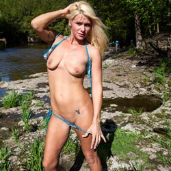 Sexy Blonde Stripping At The River - Big Tits, Blonde Hair, Firm Tits, Natural Tits, Nude In Nature, Nude In Public, Nude Outdoors, Shaved Pussy, Strip, Tattoo, Sexy Body, Sexy Girl, Sexy Legs