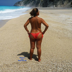 Big Ass On The Beach - Beach, Brunette