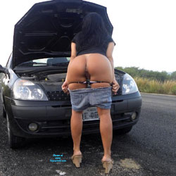 Selma Brasil Going To Tambaba Beach - Brunette, High Heels Amateurs