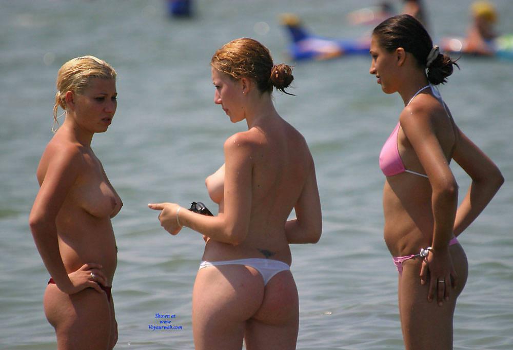 Pic #3 Big Ass 2 The Right One? - Beach Voyeur, Bikini Voyeur