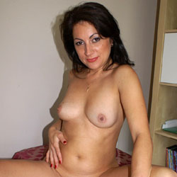 Anna (38) Birthday Suit - Big Tits, Brunette