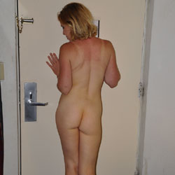 Nudes - Firm Ass