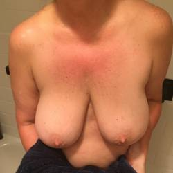 Very large tits of my girlfriend - Kuffie