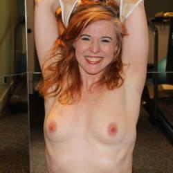 Medium tits of my wife - Alyssa