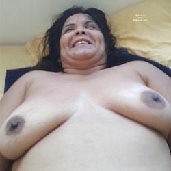 Una Panamena Parte II - Big Tits, Brunette