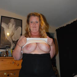 Very large tits of my wife - Mrs mae bbw
