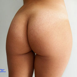 Her Heinie - Firm Ass