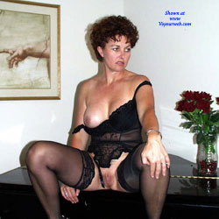 MILF In Heels - Big Tits, High Heels Amateurs, Lingerie