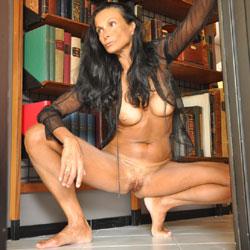 Eve Is Back - Big Tits, Brunette
