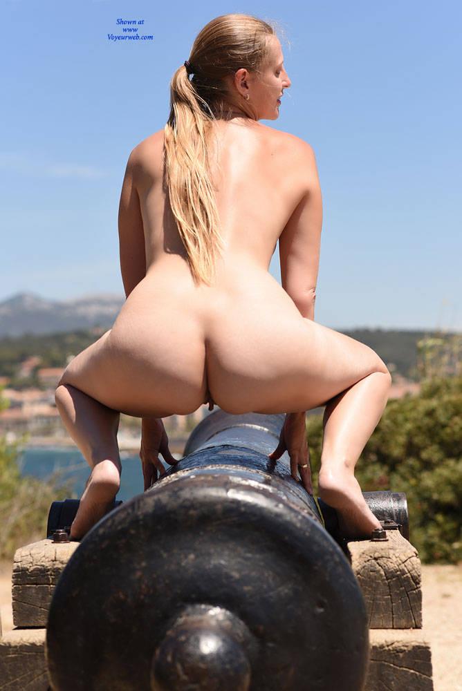 Pic #7 Bri At Cap Negre - Big Tits, Public Exhibitionist, Public Place, Shaved
