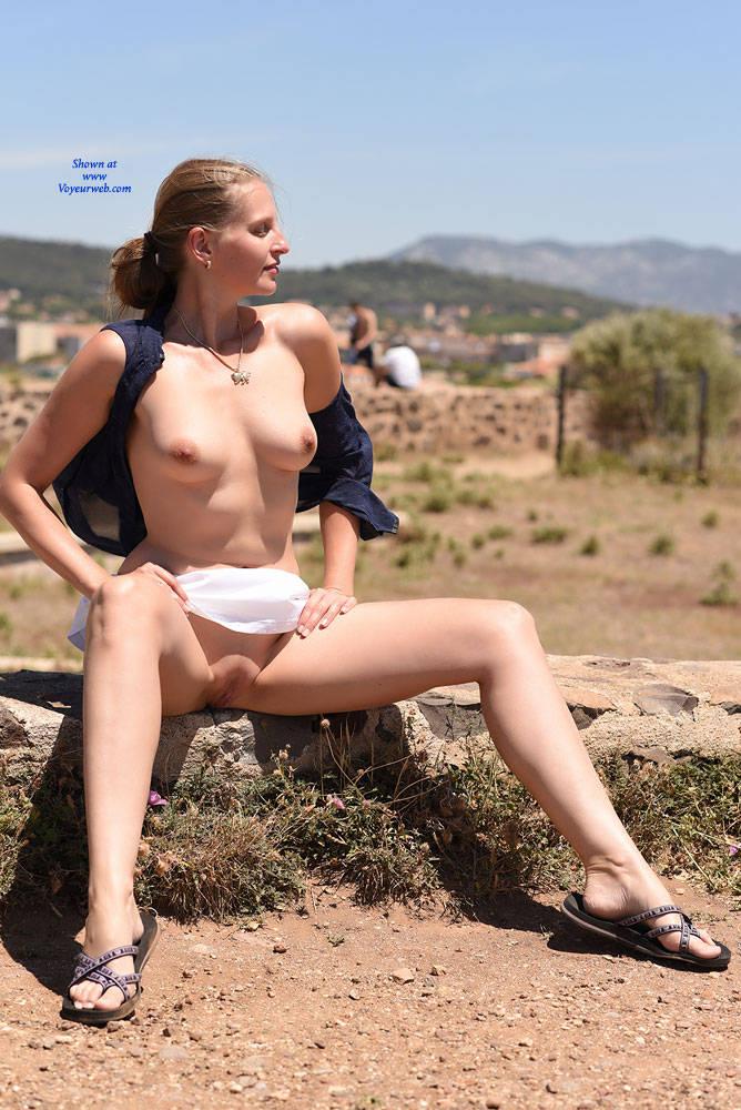 Pic #4 Bri At Cap Negre - Big Tits, Public Exhibitionist, Public Place, Shaved