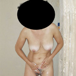 Cate Shower II - Big Tits, Bush Or Hairy