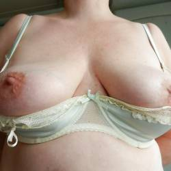 Medium tits of my ex-girlfriend - Samantha