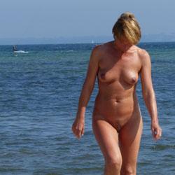 Beach Babe - Beach