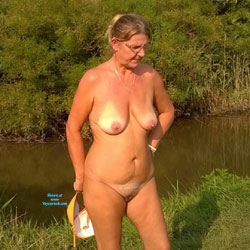 Tottu In The Fields - Nature, Mature, Big Tits, Wife/Wives