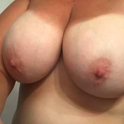 Large tits of my wife - ryano_MILF