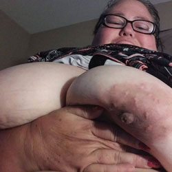 Betty Nude - Big Tits, Mature